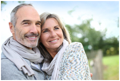 couple-happy-with-their-dentures